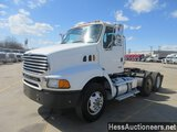 2005 STERLING AT 9500 T/A DAYCAB