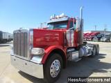 2011 PETERBILT 389 T/A DAYCAB