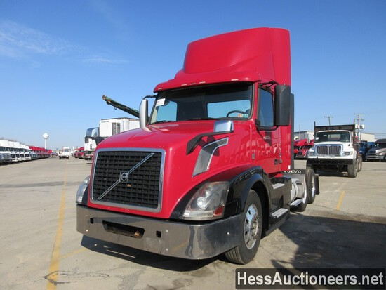 2015 VOLVO VNL62T300 T/A DAYCAB,  6X2 CONFIGURATION, HESS REPORT ATTACHED,