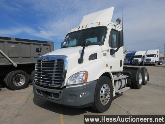 2015 FREIGHTLINER CASCADIA T/A DAYCAB, TITLE DELAY, HESS REPORT ATTACHED, 5