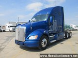 2013 KENWORTH T700 T/A SLEEPER, HESS REPORT ATTACHED, 940773 MILES ON ODO,