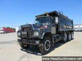1989 MACK RD690S TRI AXLE STEEL DUMP TRUCK,  HESS REPORT ATTACHED, 38300 MI