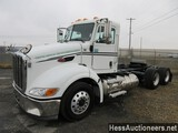 2015 PETERBILT 384 T/A DAYCAB, TITLE DELAY, OUT OF LNG FUEL, 452219 MILES O