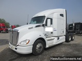 2015 KENWORTH T/A SLEEPER, HESS REPORT ATTACHED, 883403 MILES ON ODO, ECM 8