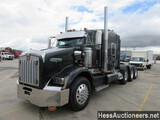 2008 KENWORTH T800 TRI AXLE SLEEPER, HESS REPORT ATTACHED, 1,006,664 MILES