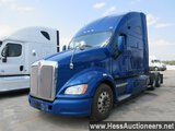 2013 KENWORTH T700 T/A SLEEPER, HESS REPORT ATTACHED, 952887 MILES ON ODO,