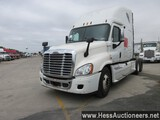2011 FREIGHTLINER CASCADIA 125 T/A SLEEPER, HESS REPORT ATTACHED, 814169 MI
