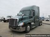 2014 FREIGHTLINER CASCADIA T/A SLEEPER, HESS REPORT ATTACHED, 750347 MILES