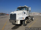 2005 MACK CXN612 S/A DAYCAB, TITLE DELAY, HESS REPORT ATTACHED, 559840 MILE