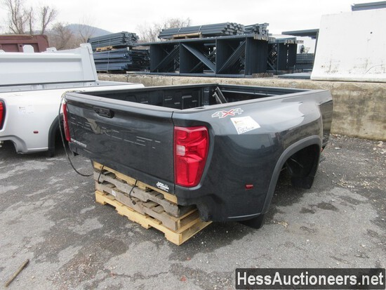 """2020 CHEVROLET 3500 PICKUP BED BODY, BUMPER AND HITCH, 8'9"""" L X 96"""" W, STOCK # 51114"""