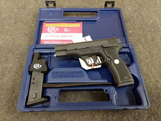 Colt All American model 2000 9mm semi auto pistol double action with extra magazine