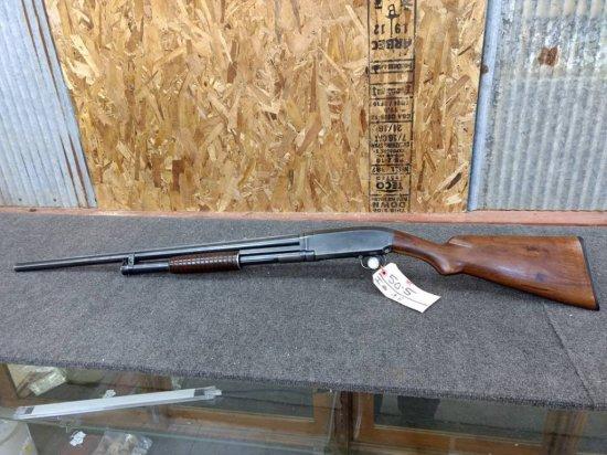 Winchester model 12 16ga solid rib nice clean gun mfg 1923 serial number 303203