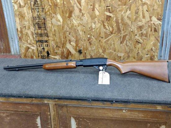 Remington Fieldmaster Model 572 .22 Pump Rifle Grooved Receiver
