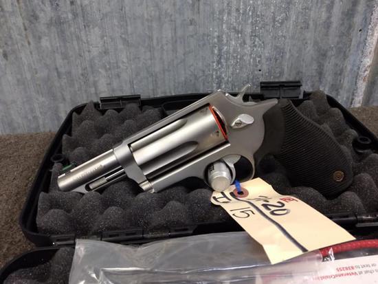 "Taurus Judge 45 Long Colt /410 Revolver New Gun Stainless 3"" Barrel"