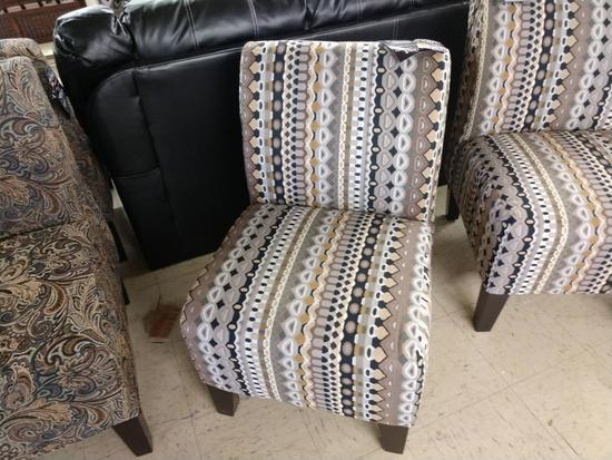 Brand New Simmons Geometric Pattern Occasional Chair