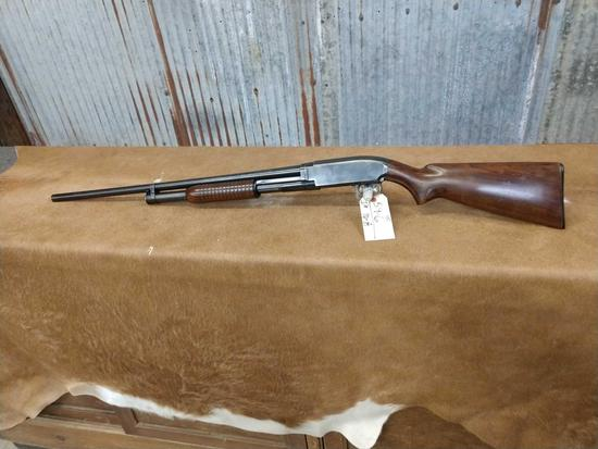 Winchester Model 12 12 gauge pump