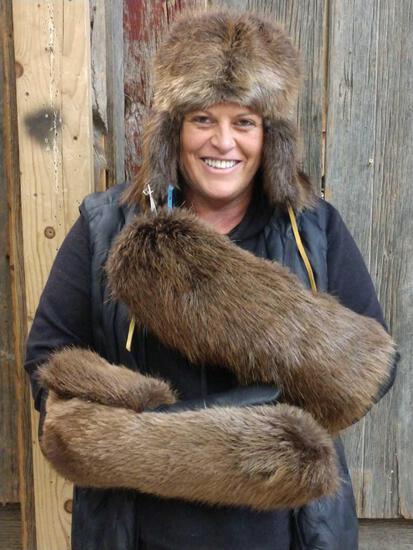 Beaver Fur Bomber Hat & Mittens Combo