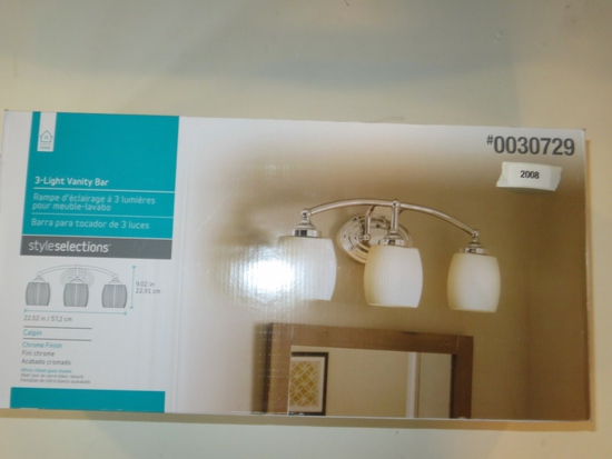 Style Selections 3 Light Vanity