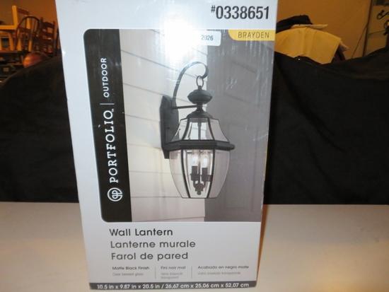 Portfiolio Wall Lantern