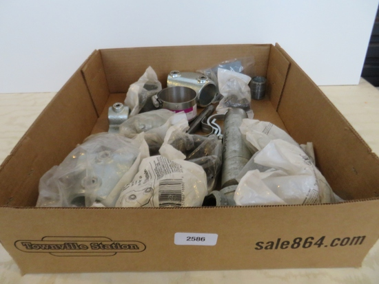 Lot of galvinized and black pipe fittings etc
