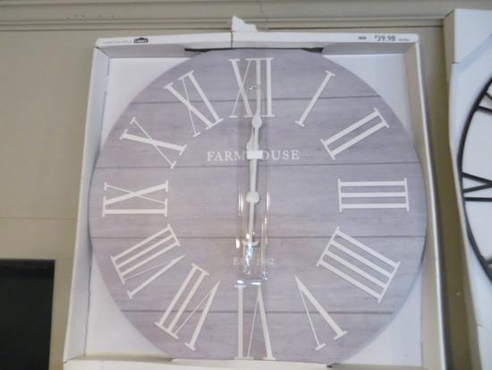 Farmhouse Clock 28 x 28