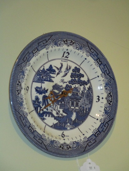 Churchill Blue Willow Battery Operated Clock
