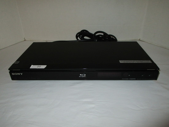 Sony Blue Ray Player - Powers on