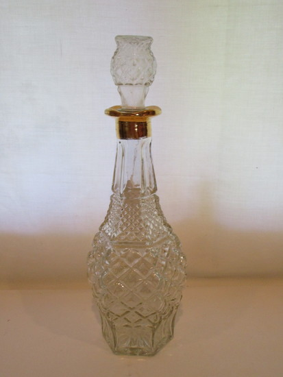 Pressed Glass Decanter with Stopper   13 1/2""