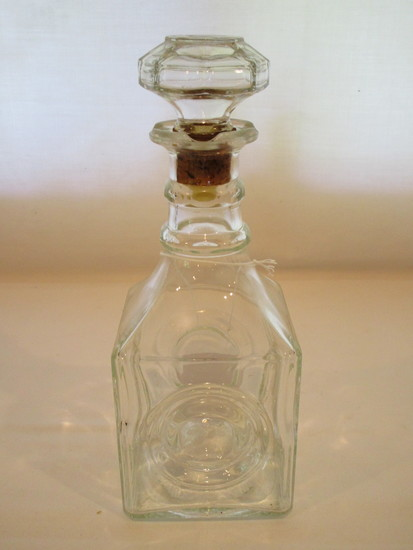 Pressed Glass Decanter with Stopper   10""