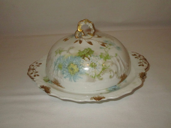 Limoges Covered Porcelain Butter Dish     7 1/2""