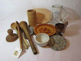 Lot Wooden Kitchen Utensils & Other
