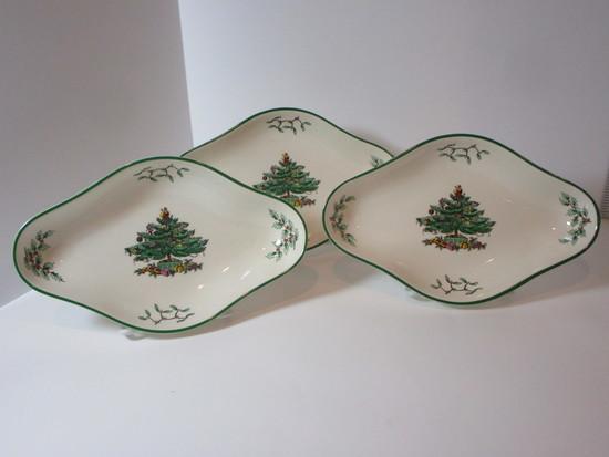"Spode ""Christmas Tree""  - Set of 3 Tidbit Dishes"