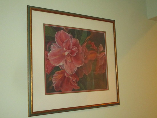 """Framed & Matted Floral Print    23 1/2"""" x 22"""" Overall"""