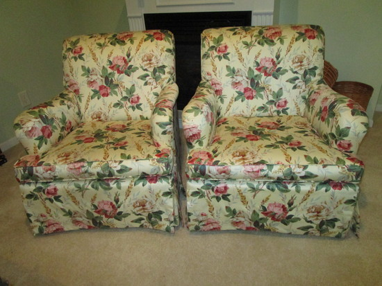 Pair of Matching Easy Chairs w/Floral Upholstery