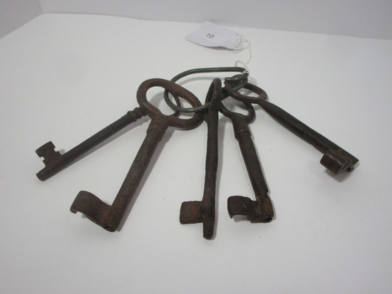 Lot - Early Cast Iron Jail Cell Keys - Some rust