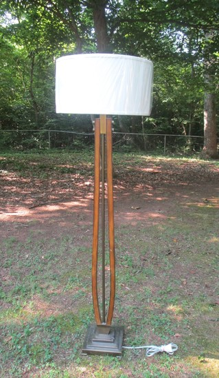 Contemporary Wood & Brass Finish Floor Lamp