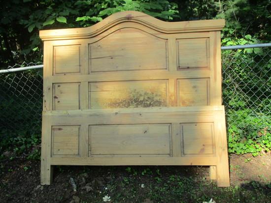 Pine Headboard & Footboard - Queen  Footboard Missing Piece.  Wear shown in pictures