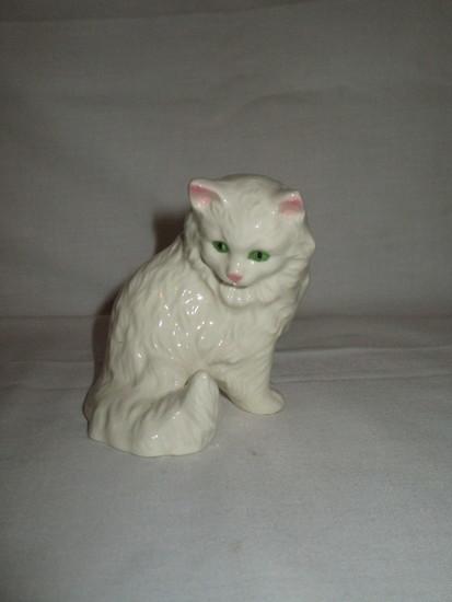 "Goebel White Cat Figurine 4"""