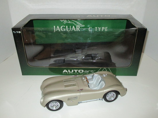 Jaguar C-Type  1:18 Scale Die Cast Model