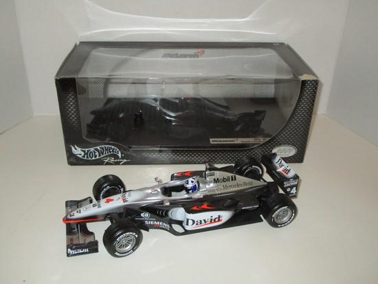 McLaren MP4-16  1:18 Scale Die Cast Model of the Formula 1 Car
