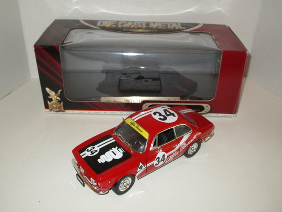 1965 Alfa Romeo Giulia Sprint GTA  1:18 Scale Die Cast Model