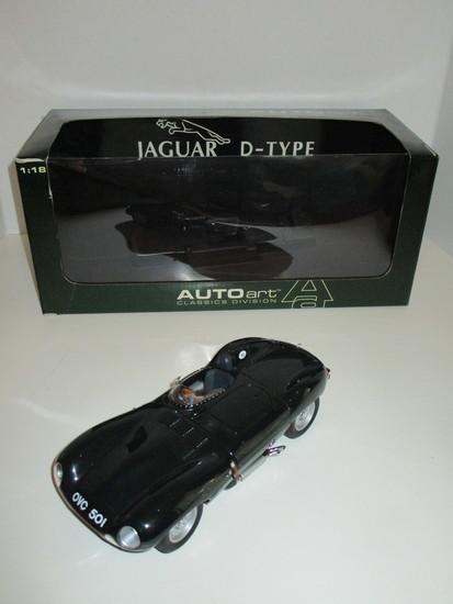Jaguar D-Type  1:18 Scale Die Cast Model