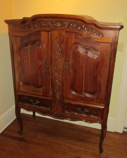 Beautiful Double Door French Design Cabinet w/ Carved Floral Motif