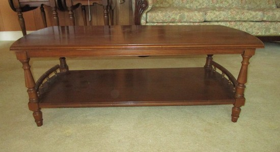 Pine Coffee Table w/Pierced Gallery on Ends of Bottom Shelf