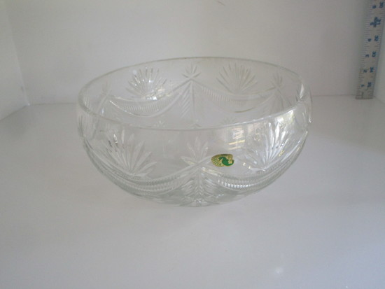 """Stunning Waterford Crystal 9"""" Bowl Signed P.R, Massey 2006 on Base"""