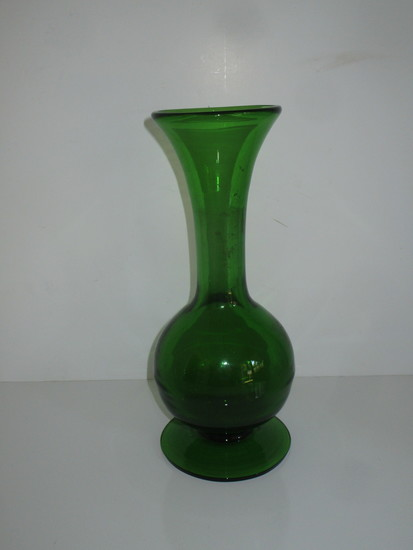 """Mouth Blown 11"""" Emerald Glass Vase"""