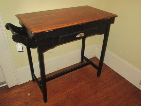 1 Drawer Kitchen Island/ Stand w/ Towel Bar on Side & Shelf Below.
