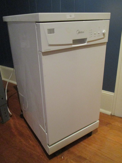 "External Dishwasher by ""Midea"""