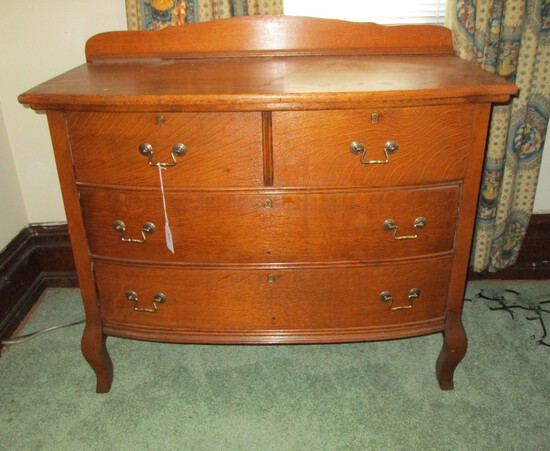 Oak Dresser w/ 2 Drawers over 2 - bottom drawer has a small hole in plywood - Brass Hardware