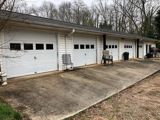 Huge Estate Auction # 3 of 3 - #1054